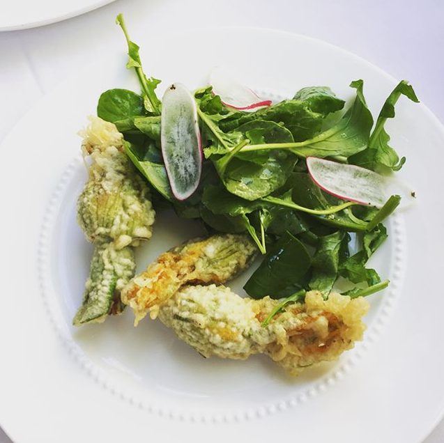 Cincin-fried-zucchini-blossoms