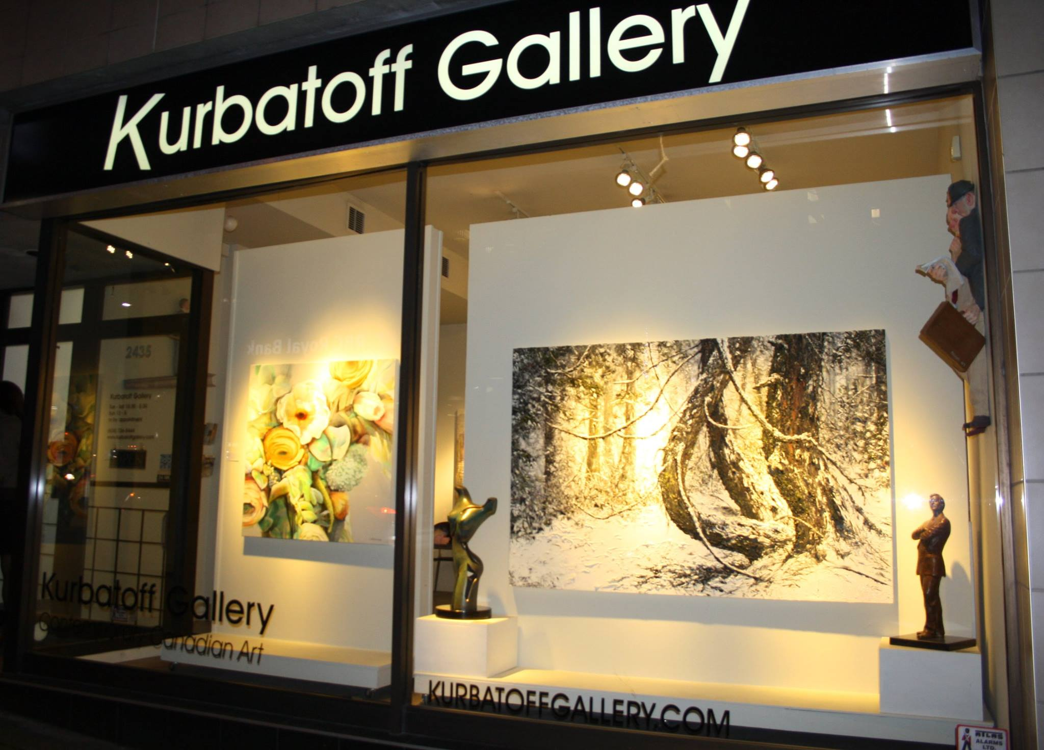 Kurbatoff-gallery-holiday-season
