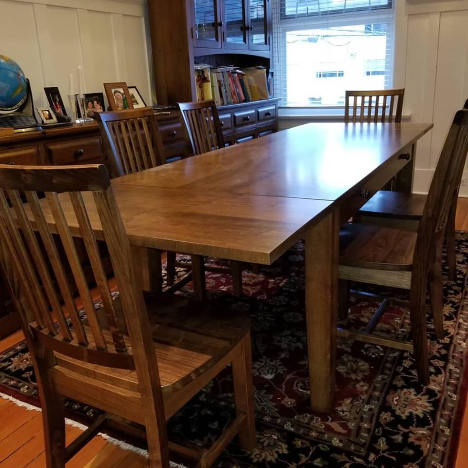 Folk-art-interiors-maple-dining-table