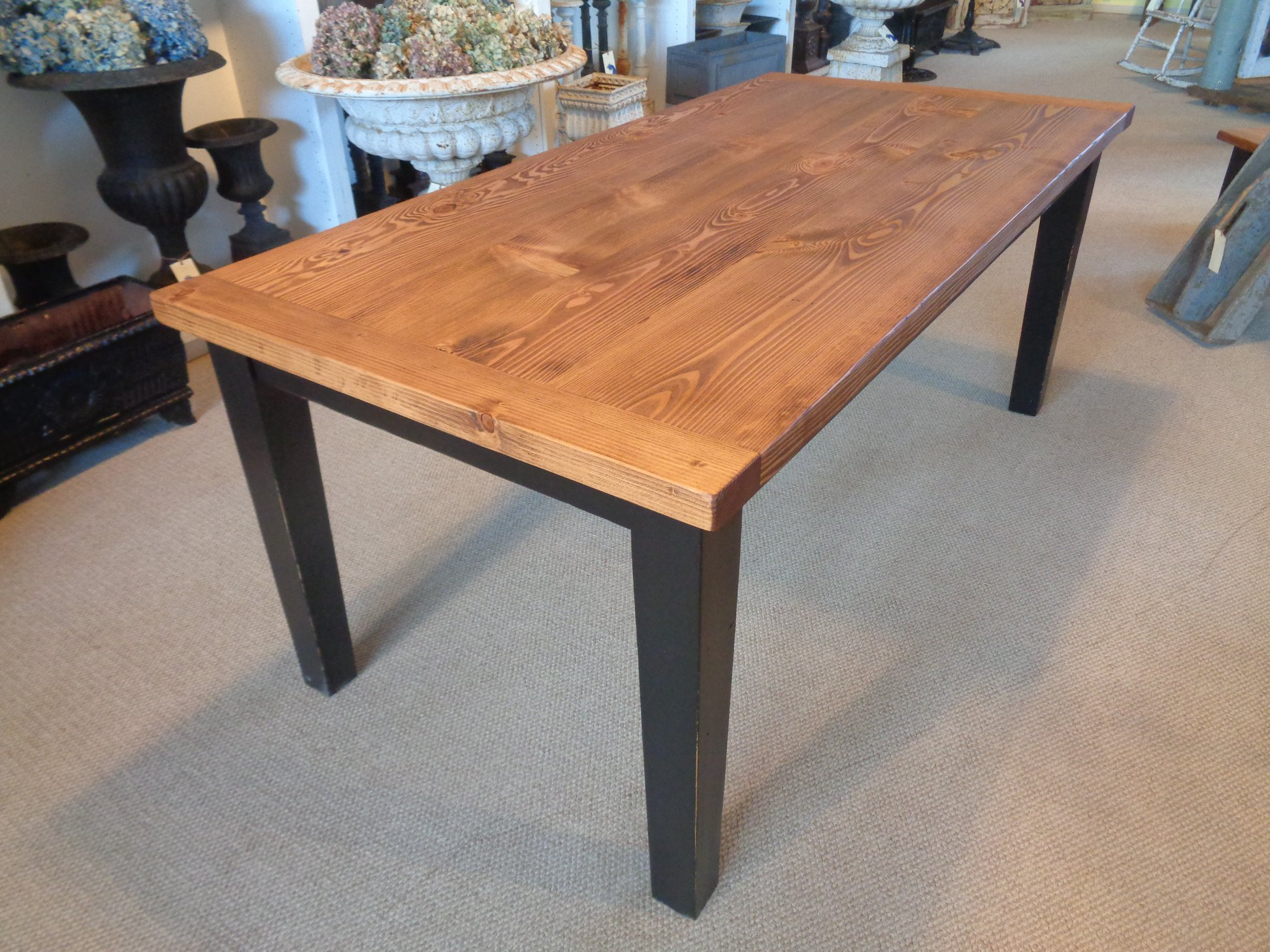 Farmhouse-fir-dining-table