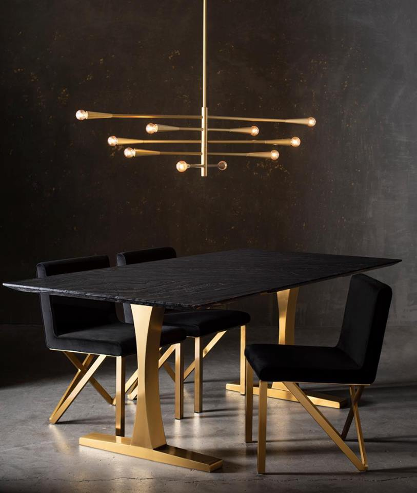 Toulhouse-dining-table
