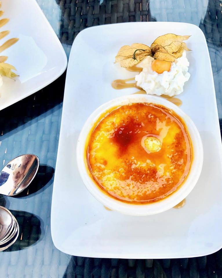 Creme-brulee-boathouse