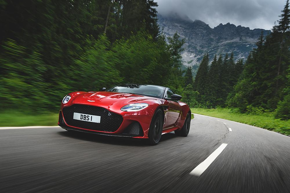 Dbs-superleggera