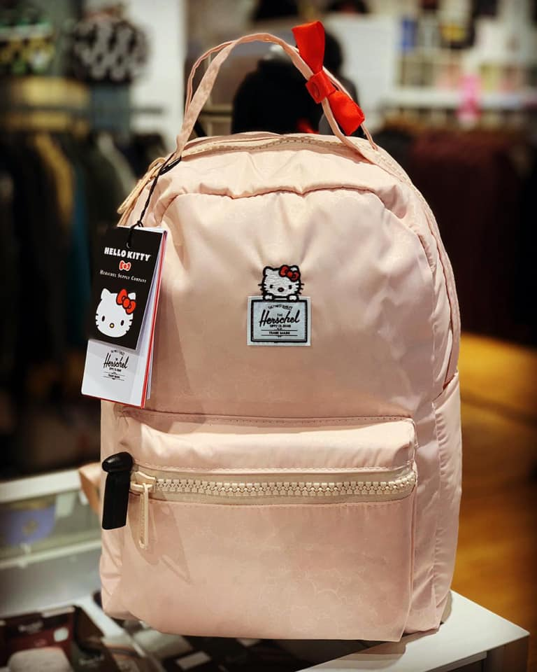 Make-hello-kitty-backpack