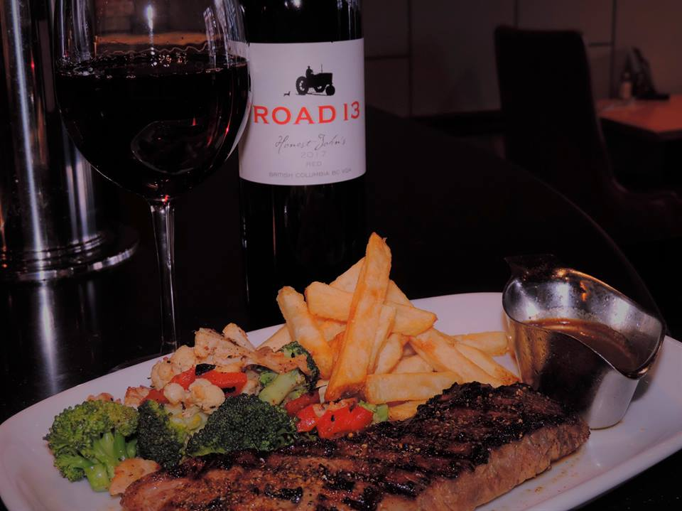 Romers-steak-red-wine