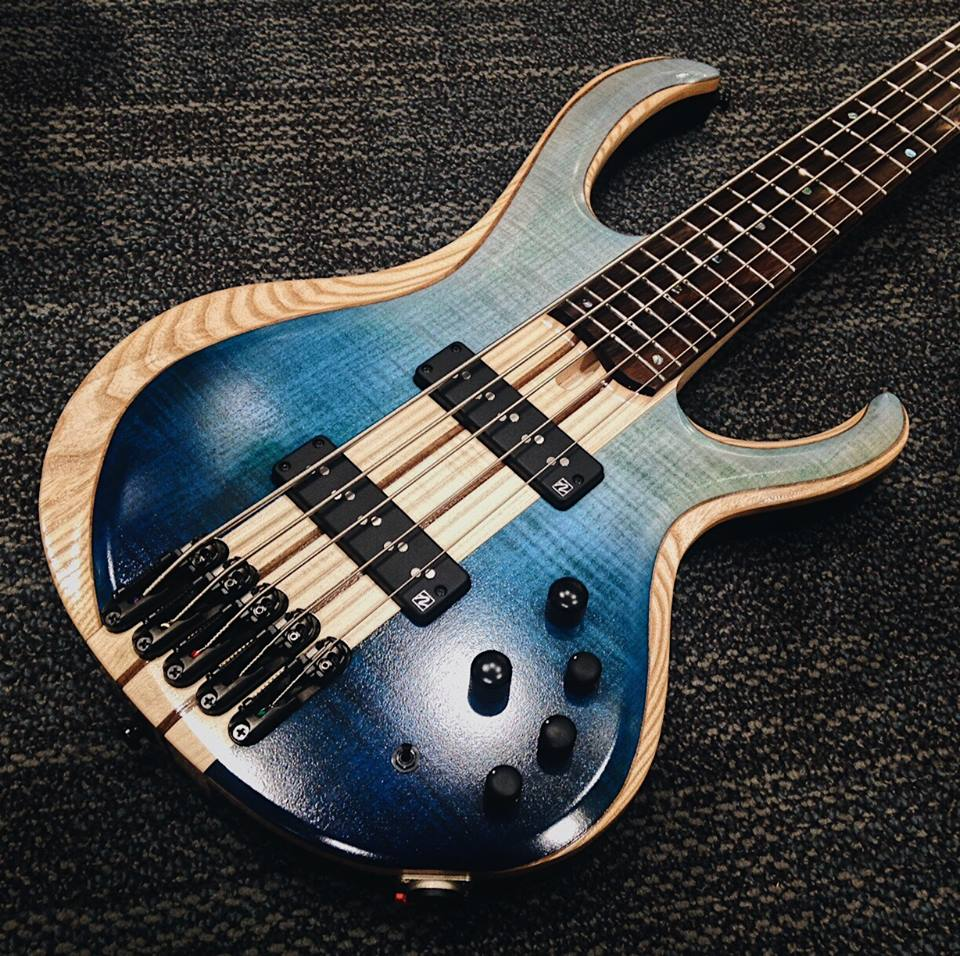 5-string-ibanez-bass
