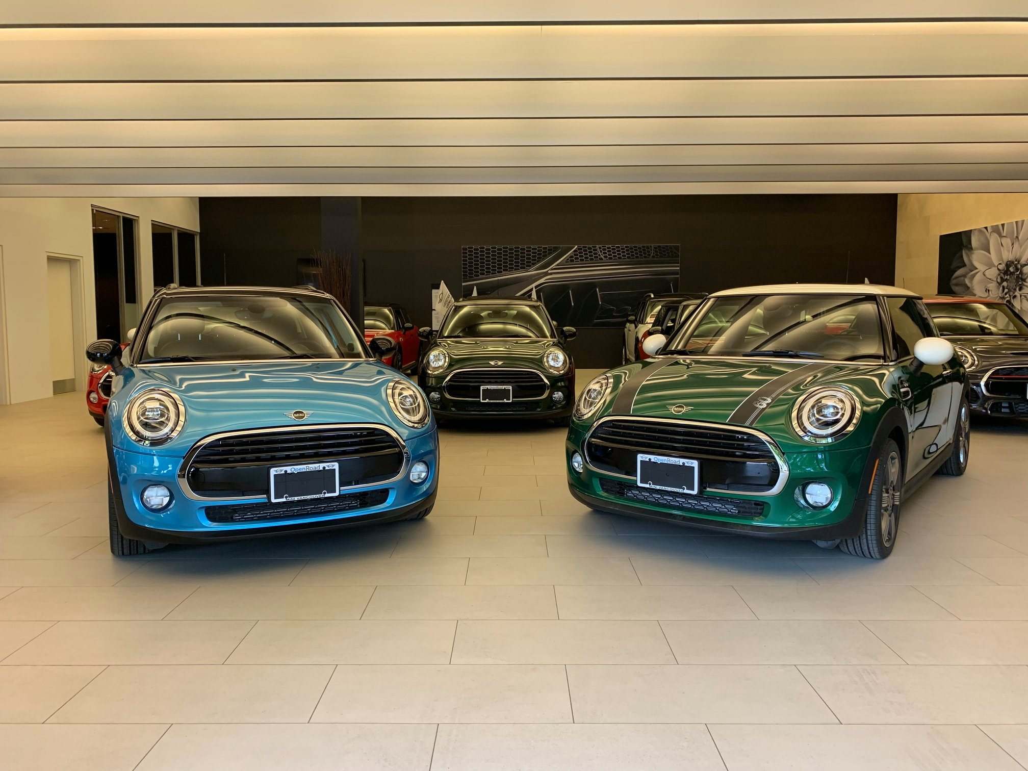 Mini-showroom