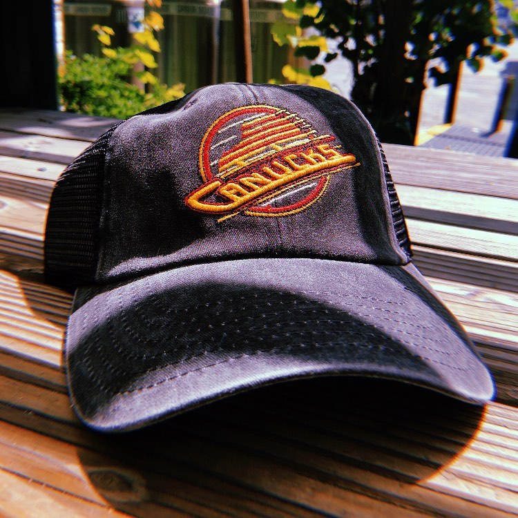 Canucks-hat