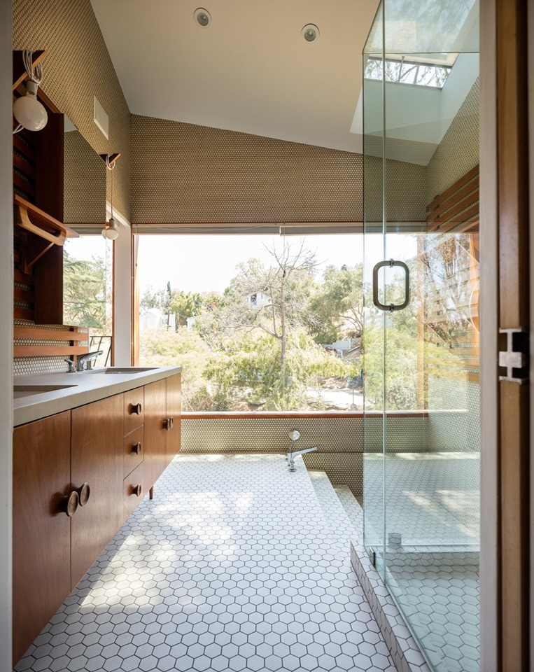 Dwell-bathroom