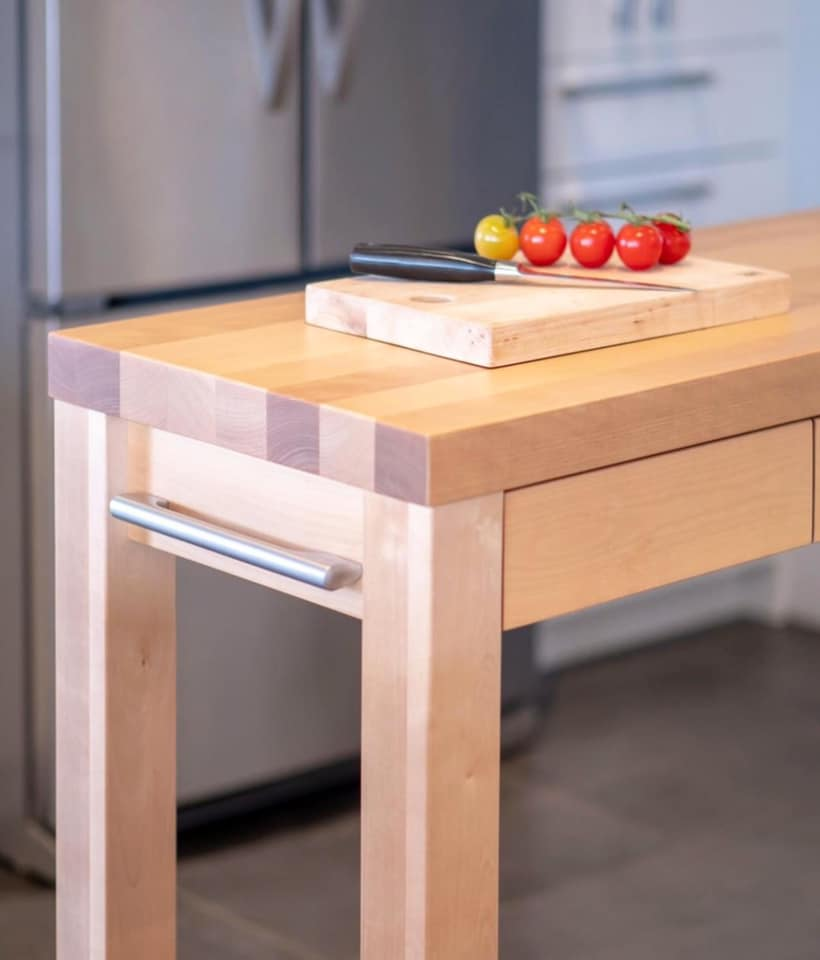 Interversion-kitchen-island