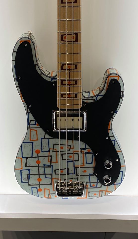 Fender-custom-p-bass