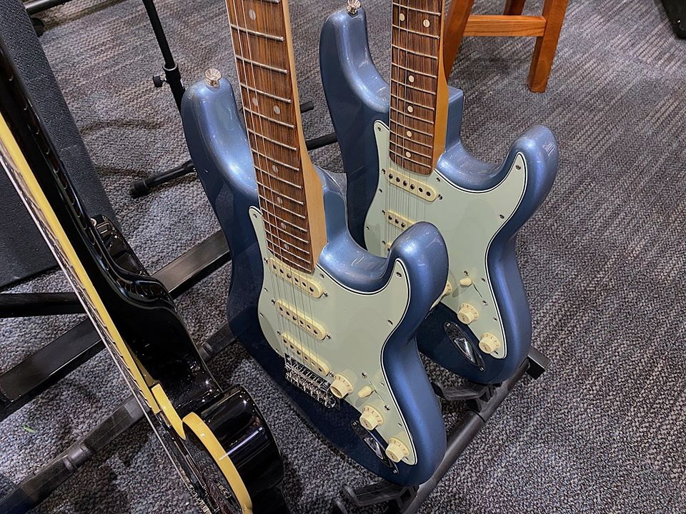 Ice-blue-metallic-strats