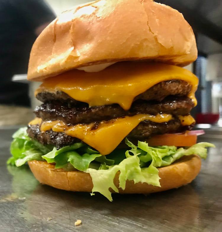 Double-cheeseburger